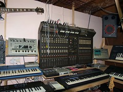 LP158661 (LoxPix2) Tags: boss music studio guitar fender synth roland korg yamaha emu gibson akai novation alesis kawai maudio behringer kurzweil teisco ensoniq tapco rogerlinn loxpix