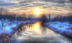 Winter Dreams (blavandmaster) Tags: perfect sky 6d wolken nrw landscape janvier harmonic river beautiful gratitude 2016 sonnenuntergang ostwestfalen wasser january photomatix rich weser handheld canon hdr badoeynhausen winter januar ciel tyskland westfalen nuages processing interesting awesome eau architektur rivière duitsland allemagne christiankortum landschaft germany flus light himmel architecture werre deutschland clouds sunset lovely complete happy eos6d