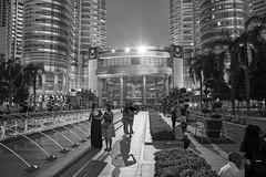 Petronas Towers, Kuala Lumpur, Malaysia (bm^) Tags: travel kualalumpur maleisië meisje vrouw vrouwen woman women girls tower twin towers toren torens architectuur architecture boom bomen tree trees fountain fontein distagont228 distagon282zf nikon d700 bw blackandwhite black white blackwhitephotos zf2 zeiss carl nikond700 zwart wit zwartwit reis carlzeiss city urban skycrapers wolkenkrabber my sexy