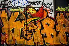 Bruxelles - Graffiti au Centre-Ville la nuit (saigneurdeguerre) Tags: europe europa belgique belgium belgië belgien belgica bruxelles brussel brüssel brussels bruxelas street canon 7d mark ii 2 nuit night nacht noite noche city cidade urban graffiti tag mural art streetart