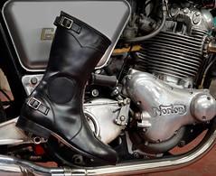 Runnerbull_boots_Biker_Vintage_Speed_live (runnerbull) Tags: runnerbull stivali boots bike moto motorbike vintage fashion speed velocità replica pelle artigianale madeinitaly leather cafèracer barsport eighties 80