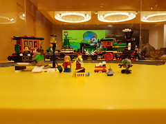 20170119_143459 (COUNTZERO1971) Tags: lego london legostore leicestersquare toys buildingblocks brickculture
