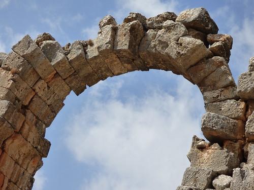 Olba - aqueduct arch