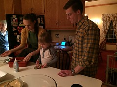 "Paul Makes Gingerbread Men with Tessa and Davy • <a style=""font-size:0.8em;"" href=""http://www.flickr.com/photos/109120354@N07/32957407992/"" target=""_blank"">View on Flickr</a>"