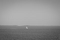 Bretagne (s.fleurisson) Tags: sea bw boat nikon sandy bretagne bateaux nb ocan fleurisson d5100