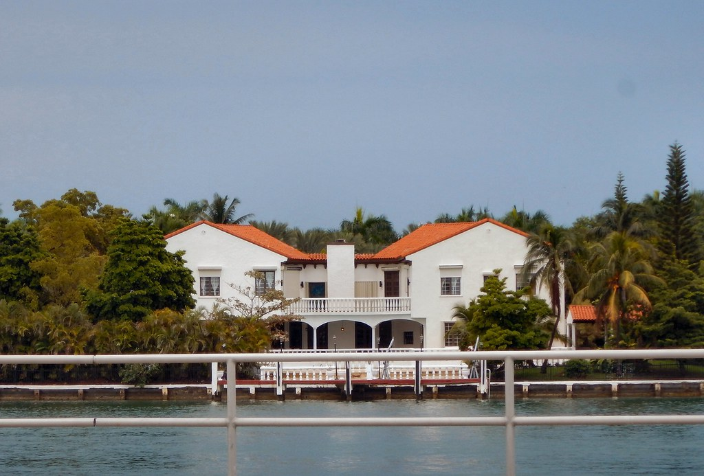 Stars Homes On Star Island Miami