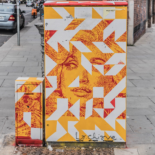STREET ART BY LA CHIAVE FROM BRAZIL  [NEW PAINT A BOX PROGRAMME] REF-107948
