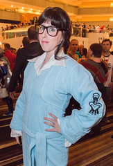 Trillian (Courtarro) Tags: building hotel book trillian cosplay event dragoncon thehitchhikersguidetothegalaxy marriottmarquis dragoncon2015