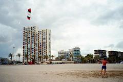 A l i c a n t e (TroppoBianca) Tags: holiday beach sport 35mm spain mare alicante spiaggia spagna scansionedanegativo vacanze2015