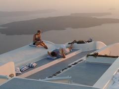 I piaceri della vita!! (Olly1951) Tags: santorini grecia imerovigli egeo