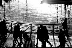((mig)) Tags: shadow people bw blancoynegro puerto gente gijn sombra silouette bn silueta xixn