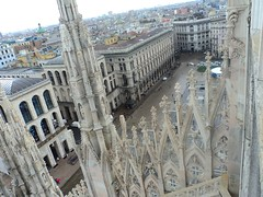 Milan The Tour Expert (116) (TheTourExpert) Tags: city italy milan cathedrals piazzadellascala capitalcities europeancities