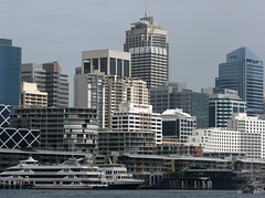 sydney darling harbour hy1 (Parto Domani) Tags: new city sea mer tower skyline wales see mar town mare torre tour harbour south sydney australia ciudad stadt nsw aussie darling  burj citt  aufsatz