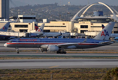 N181AN     LAX (airlines470) Tags: airport american msn lax airlines 757 ln 757200 852 29591 757223 n181an