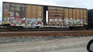 #trains#railroad#freights#freightculture#benchinhsteel#benching#graffiti#traingraffiti#boxcars