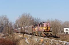 Kocúrkovo (Nikolaj Šeršeň) Tags: 742 742022 742124 kocúr zscs cargo nákladný vlak pn 57035 zsr 141 žnp železnice na ponitrí šero