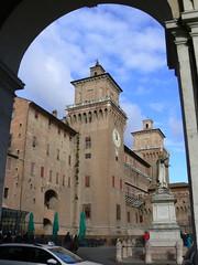 Ferrara, nochmal das Schloß 3/3 (AnnAbulf) Tags: ferrara emiliaromagna castello schlosburg schlos schloss
