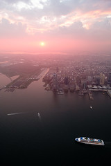 Over New York IX (Sunny Herzinger) Tags: jersey fujixpro2 urban sunset travel xf14mmf28r ship city boat america flynyon usa newyork unitedstates us