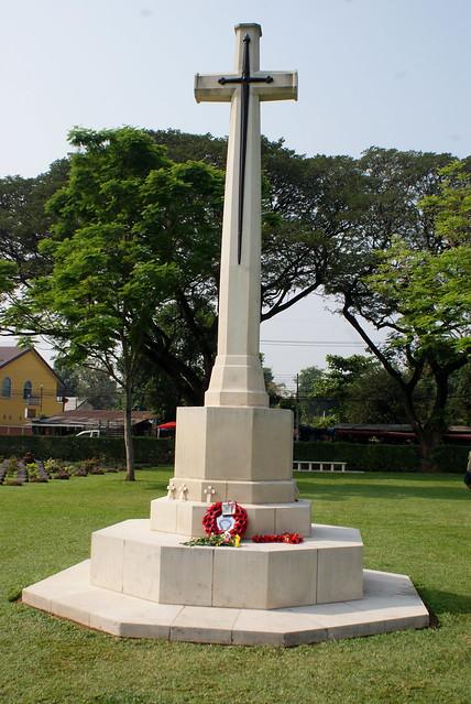 Kanchanaburi War Cemetery large image