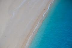 POV (Ivan S. Almeida) Tags: seashore seaside sea blue bichrome sand wave lowsat zakynthos navagio greece