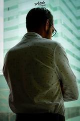 The Man (Apolo Fotografía) Tags: man hombre negocios building day indoor personas persona gafas lente lens nikon nikkor morning editing apolofotografia antioquia arquitectura apolo foto fotografia retrato luz people colombia medellin camisa espalda mirada atras back zz