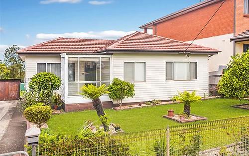 32 Oxlade Street, Warrawong NSW