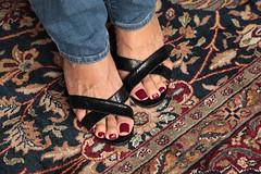Quinn (IPMT) Tags: toenail sexy toes polish foot feet pedicure painted toenails pedi zoya rojo red creme vermelho berry high heels tacones altos blue jeans west nine allto slip black negro quinn mules slide