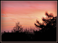 Morgenhimmel (karin_b1966) Tags: sky sun nature sunrise natur himmel sonne sonnenaufgang 2015 blickausdemfenster viewoutofthewindow