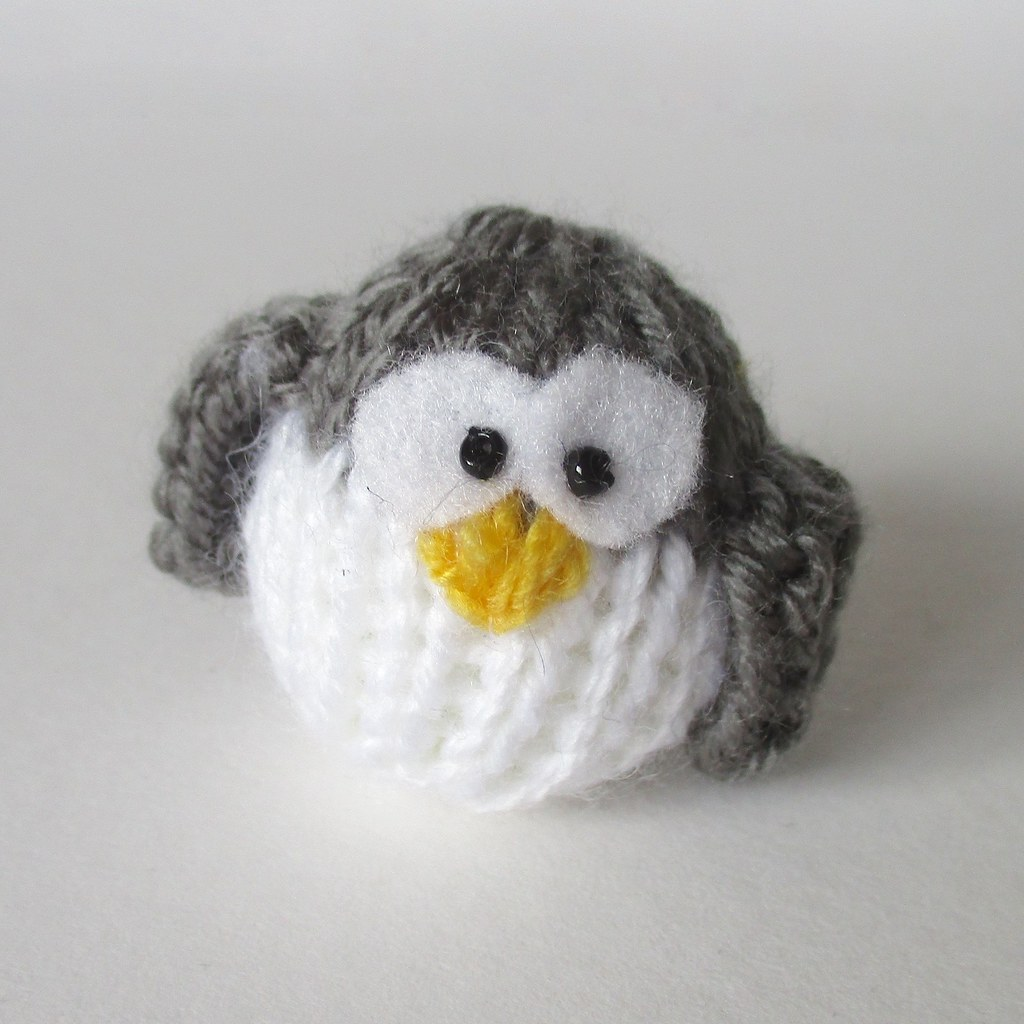 The worlds best photos of knits and penguins flickr hive mind teeny penguin knitting patterns by amanda berry tags amanda penguin penguins berry knitting bankloansurffo Images