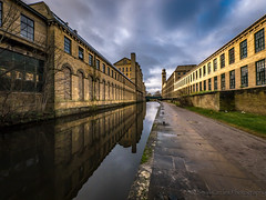 Salts Mill, Saltaire (smallcirclesphotography) Tags: urban mill church stone architechture yorkshire salt mills weavers workingclass looms gallerys