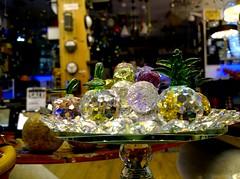 339. Glitter (1Q89) Tags: window glass shop festive dilplay