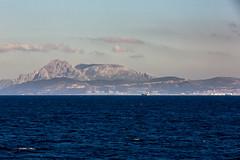 Strasse von Gibraltar-12 (bollene57) Tags: 2016 hafen heimreisemarokko marokko marokko2016 meer schiff tanger tarifa ruerei
