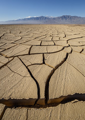 Cracked Mud (Jeffrey Sullivan) Tags: death valley national park cracked earth mud dry california usa landscape nature travel photography canon eos 6d road trip photo copyright 2017 jeff sullivan january