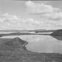 Lakes (davidgarciadorado) Tags: 6x6 120film tmy tmax400 tessar superikonta ragefinders folder lake landscape iceland blackundwhite