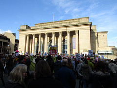 Donald Trump Demonstration, Sheffield City Hall 2017 (Dave_Johnson) Tags: demo demonstration demonstrating protest protesters protesting politics political donaldtrump trump theresamay may theresatheappeaser barkerspool sheffieldcityhall cityhall sheffield southyorkshire imagesofsheffield