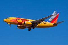 Southwest Airlines Boeing 737-700 N781WN (jbp274) Tags: las klas airport airplanes mccarran southwest wn boeing 737 newmexicoone