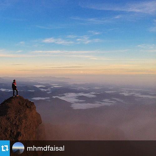 #Repost @mhmdfaisal ・・・ Sepi itu indah,percayalah. #29jamatapsumatera 📷: @nadynatasha