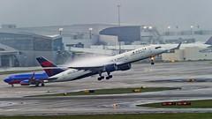 Delta Air Lines Boeing 757-232 N698DL (MIDEXJET (Thank you for over 2 million views!)) Tags: atlanta georgia unitedstatesofamerica boeing 757 atlantageorgia boeing757 deltaairlines 757200 boeing757200 boeing757232 n698dl atlantahartsfield 757232atlanta hartsfiledinternational hartsfieldjacksonintenational