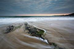Perranuthnoe (T_J_P) Tags: sunset sea seascape coast movement rocks cornwall tide perranuthnoe