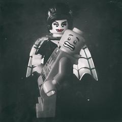 (formisano.valentina) Tags: blackandwhite halloween dark lego mini story balck horror vampiro biancoenero minifigure minifigures legostory legophotography legophoto