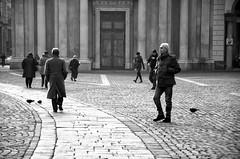 Il paletot (encantadissima) Tags: torino gente random piemonte piazzasancarlo bienne paletot