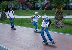 jvenes en patineta young people skateboarding (Jos X) Tags: people mexico gente young skateboard monterrey jovenes patineta