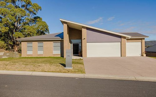 34 Hillcrest Avenue, Lithgow NSW