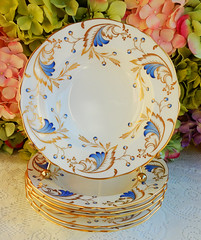 Vintage Grosvenor English Porcelain Rimmed Soup Bowls ~ Royce ~ Gold (Donna's Collectables) Tags: vintage grosvenor english porcelain rimmed soup bowls ~ royce gold