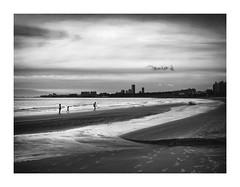 Cloudy Now (eduardo.mazzeo) Tags: cloudy beach playa nublado bw monocromo monochrome