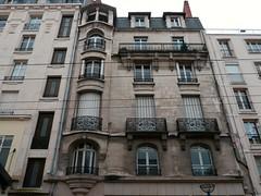 Limoges, Haute-Vienne (Marie-Hélène Cingal) Tags: france nouvelleaquitaine hautevienne limoges 87 balcons balconies fer iron