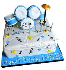 Drum Cake (CakeArtDesigns) Tags: birthday cambridge cakes cake vegan drum cambridgeshire glutenfree dairyfree eggfree nutfree drumcake cakeartdesigns cakesforbioys