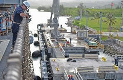 150820-N-KM939-019 (U.S. Pacific Fleet) Tags: pier hurricane navy sailors pacificocean marines supplies guam saipan fema disasterrelief refueling reliefeffort humanitarianassistance forwarddeployed apraharbor ussashland lsd48 us7thfleet amphibiousdocklandingship 7thfleetaor typhoonsoudelor