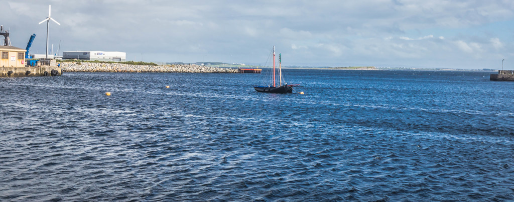 GALWAY HARBOUR AND DOCKLANDS [AUGUST 2015] REF-107509