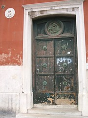 Ornamented wooden door, Venice (RETRO STU) Tags: venice wingedlion ornamenteddoorway